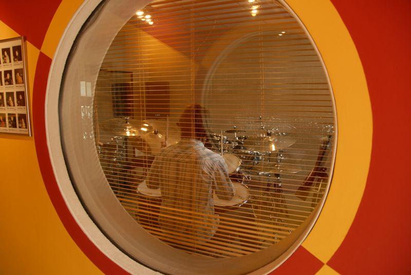 Fenster zwischen zwei räumen  drummers-focus.at - Räume
